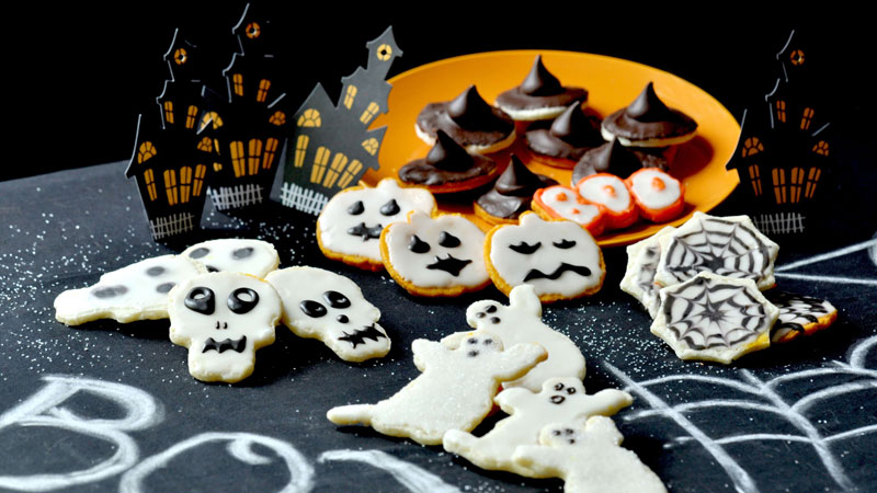 featured image halloween cookies