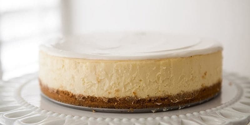 cooling cheesecake