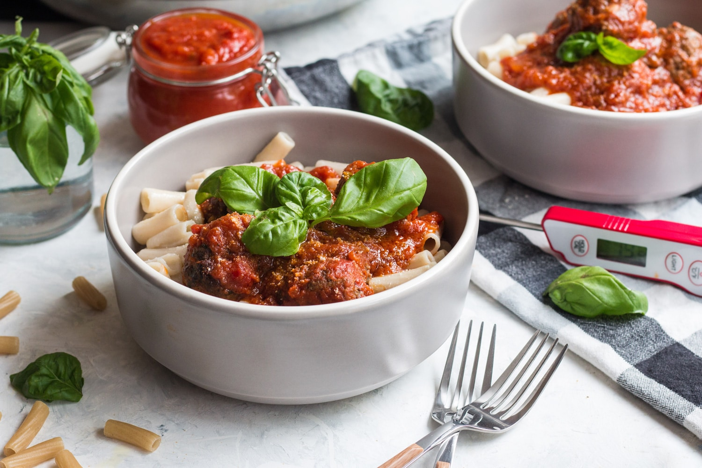 Meatballs Marinara With Pasta tballs Marinara With Pasta Banner