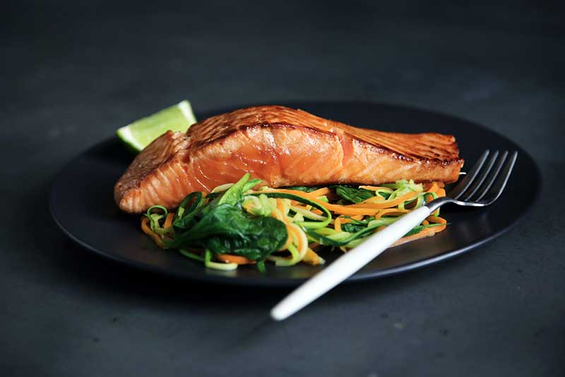 how to tell if salmon is fully cooked