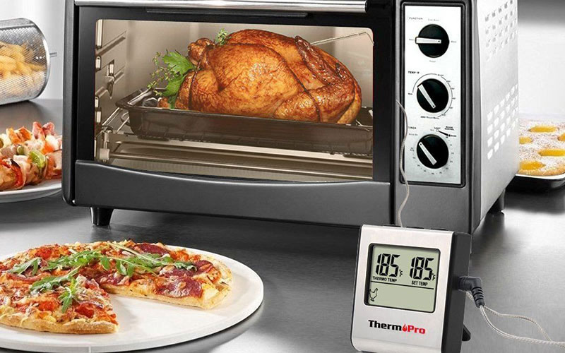 check reheating BBQ meat with meat thermometer